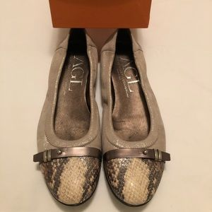 AGL two tone leather flats